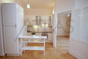 kuchyňský kout - Pronájem luxusního bytu 4+kk Praha 2 - Vinohrady, Kolínská