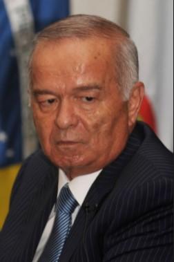 Islam Abduganijevič Karimov 8